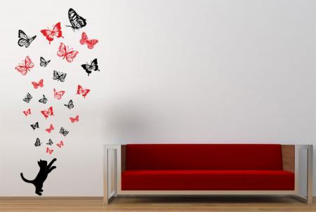 vinilo_decorativo_Gatito_jugando_con_mariposas