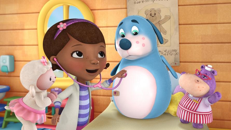 9610035_doctora_juguetes_escena_dibujos_animados_infantiles.jpg