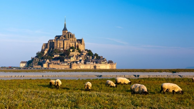 Castillo_saint_michel_muralesyvinilos_36293232__Monthly_XXL.jpg