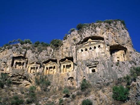 Rock_Tombs_Dalyan_Turkey.jpg