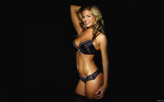 gemma-atkinson-boobs-wallpaper.jpg