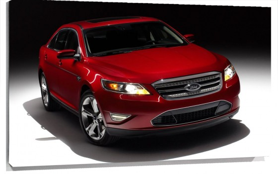 Ford_Taurus_SHO_Sedan_2010.jpg