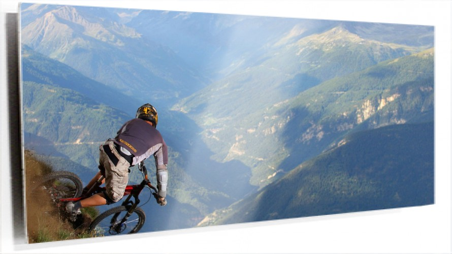 950233_mountain-biking.jpg