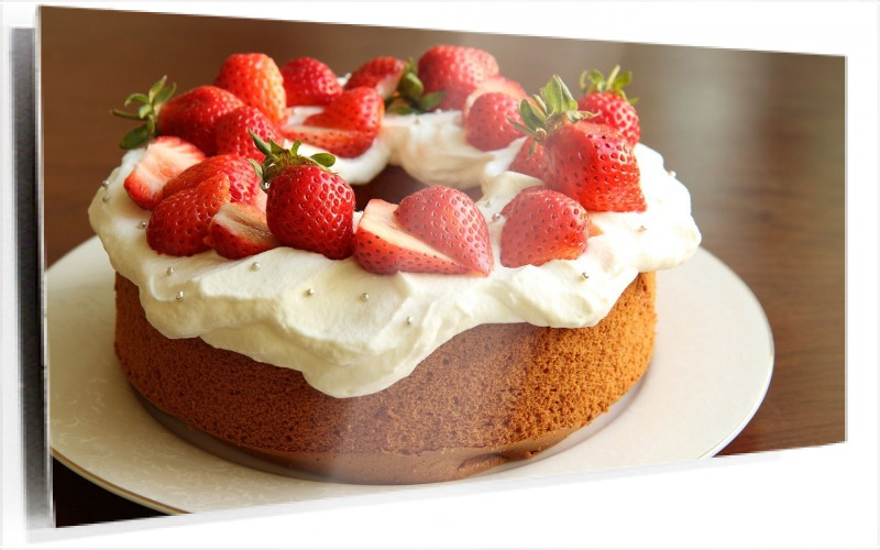 950672_strawberry-cake-photography.jpg