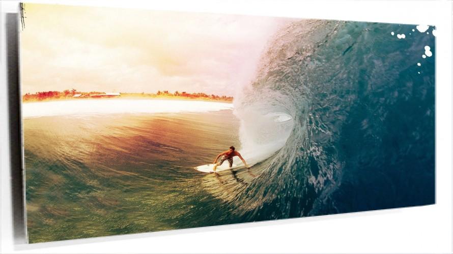 950272_surfer.jpg