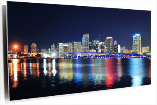 Miami_luces_muralesyvinilos_40339459__Monthly_XL.jpg