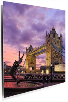 Puente_londres_muralesyvinilos_32276504__Monthly_XL.jpg