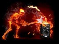 Murales Esqueleto fuego guitarra