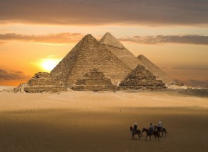 Murales piramides de egipto